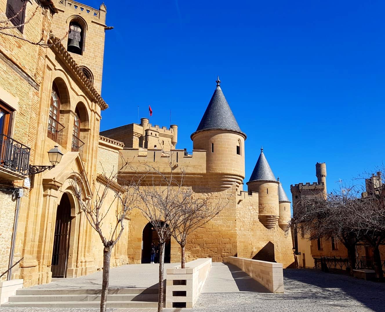 Exterior del Palacio Real de Olite
